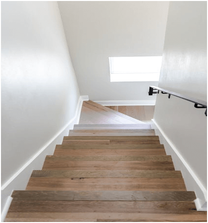 Pros and Cons of Installing Vinyl Flooring on Stairs?