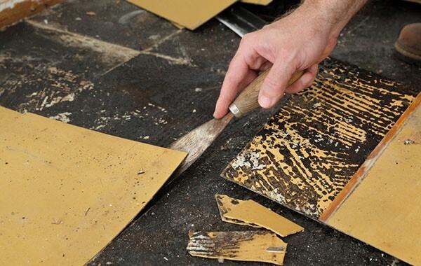 How to Remove Vinyl Flooring?