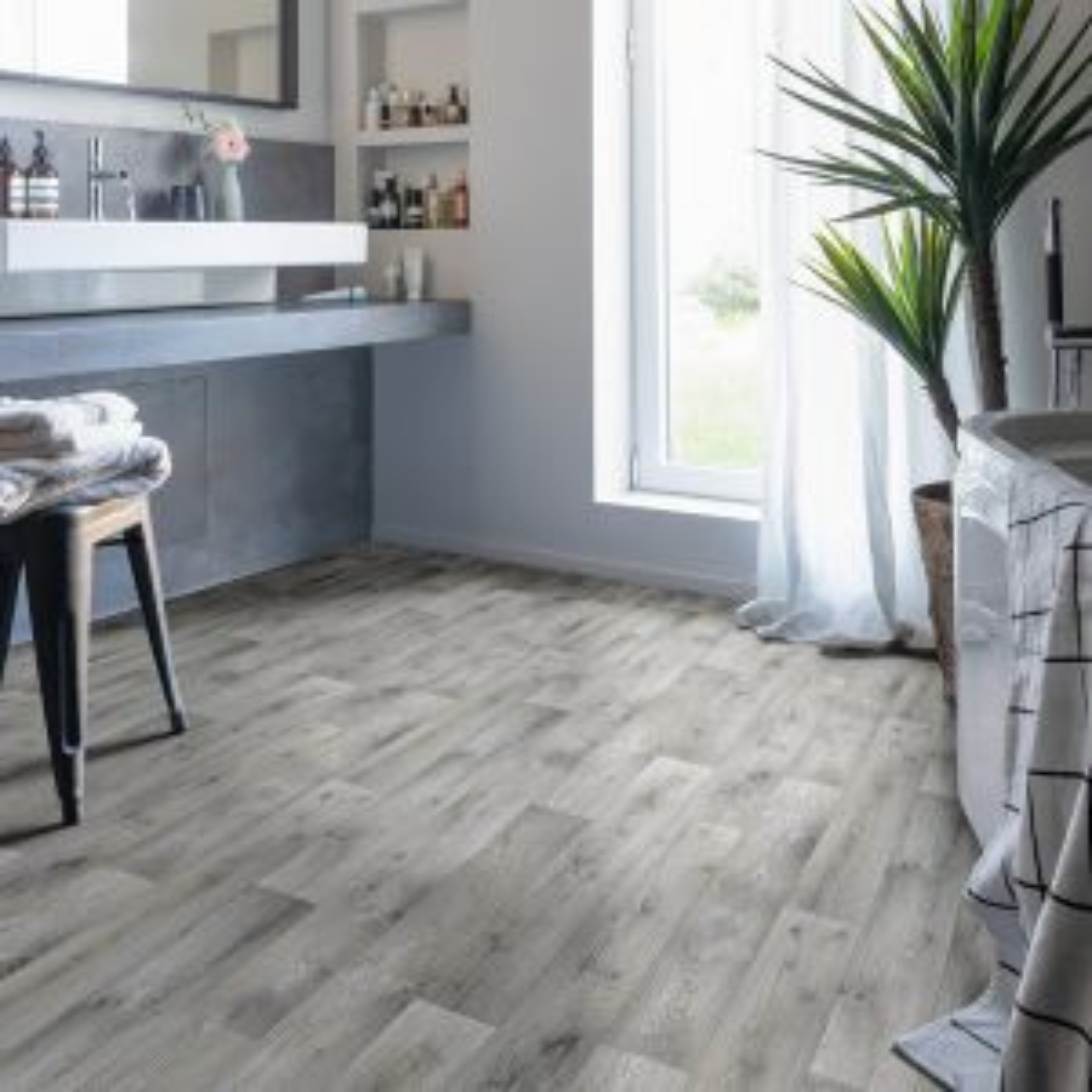 ASRM969M Non Slip Wood Effect Vinyl Flooring
