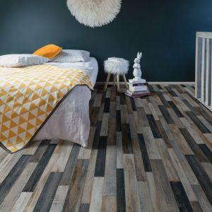 WHCO967M Wood Effect Anti Slip Oak Vinyl Flooring